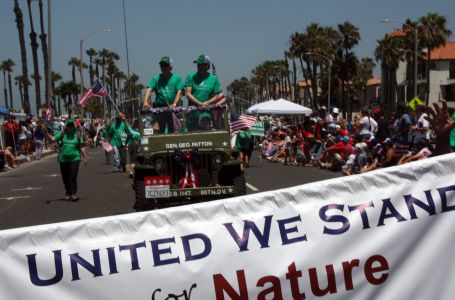 BRC HB 4th July Parade